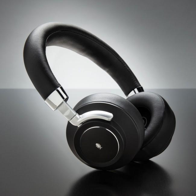 Aria wireless headphone