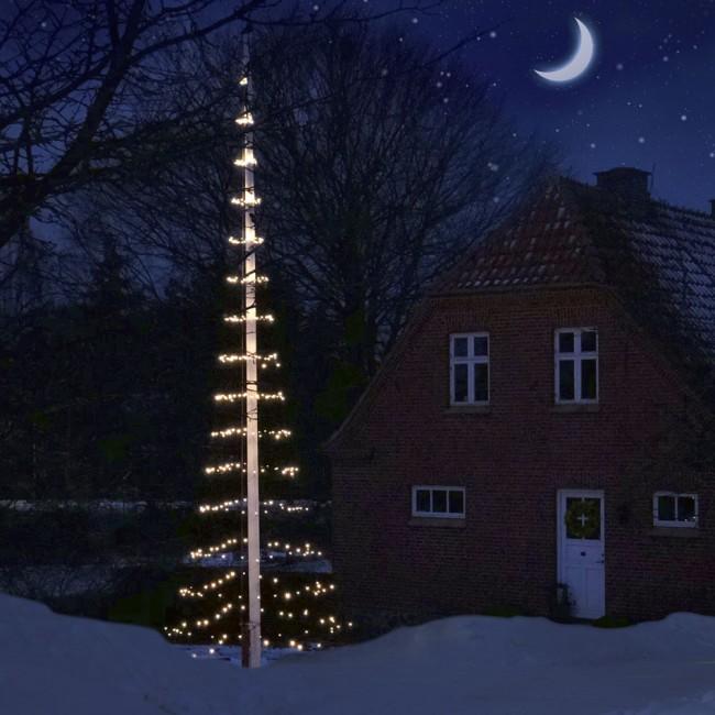 Lights to flagpole