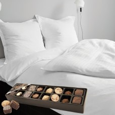 Georg Jensen Damask Cubicle Bed Linen and Chocolate
