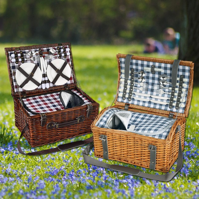Cilio Picknic Basket with content for 4 people
