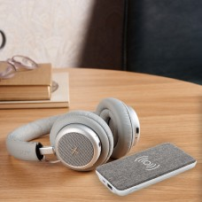 TOUCHit headset & Vogue 5W powerbank