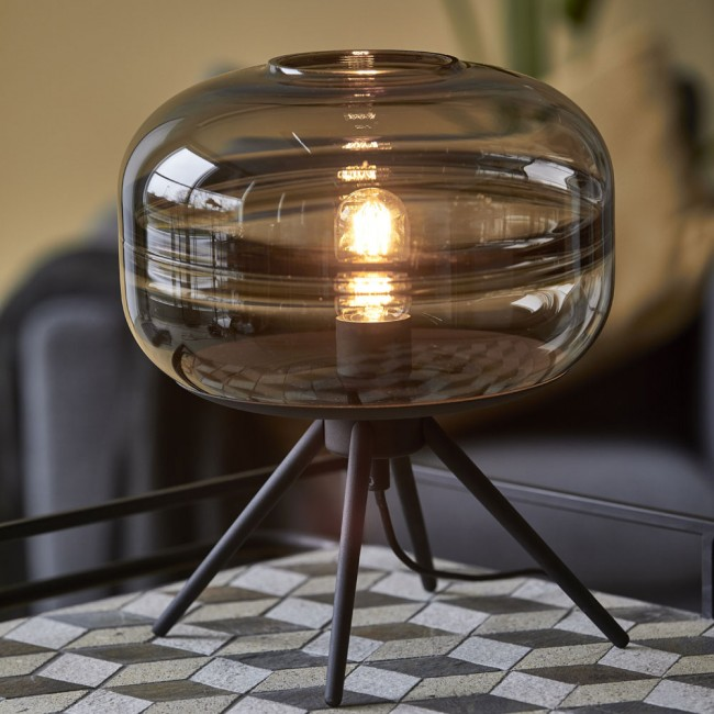 Villa Collection table lamp