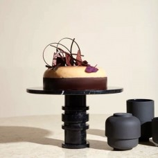 Louise Roe Gallery Object Cake Display