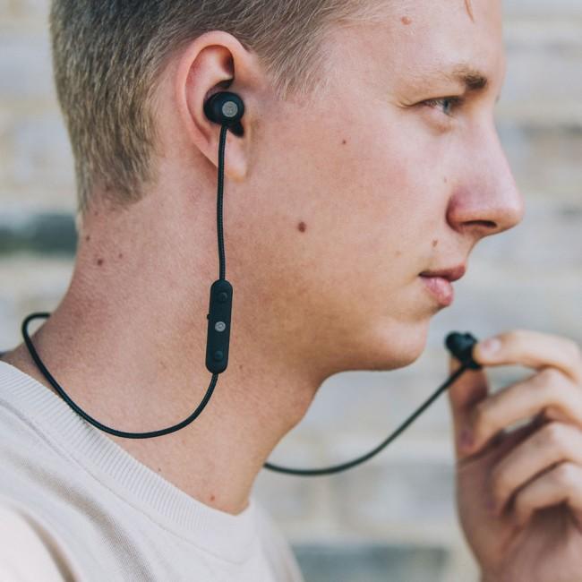 Kreafunk aVIBE in ear headphones