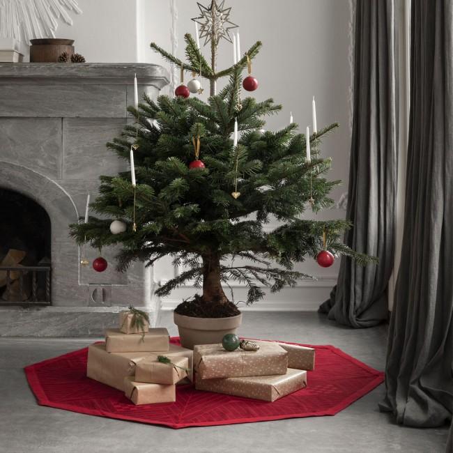 Georg Jensen Damask Christmas tree rug