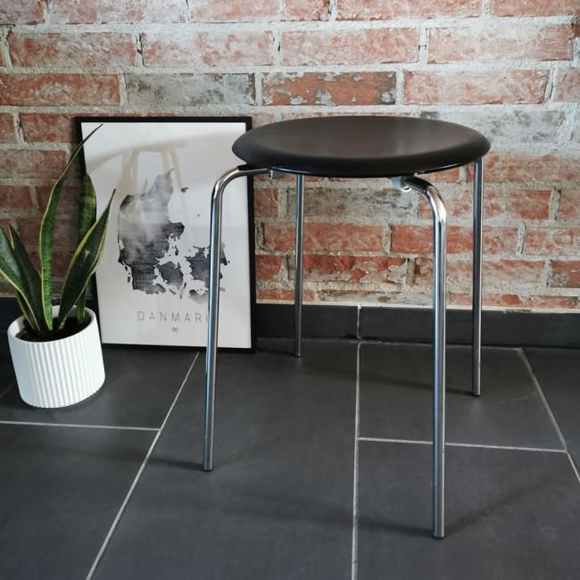 Arne Jacobsen DOT™ stool