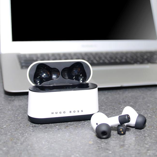 HUGO BOSS in-ear earbuds