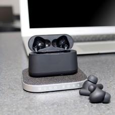 HUGO BOSS in-ear earbuds og trådløs oplader
