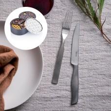 Fiskars All Steel grill cutlery + chocolate